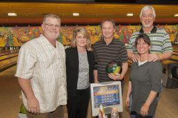 _DSC4761: Bowling team, Credit: Claude Laviano