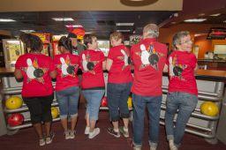 _DSC4765: Bowling team, Credit: Claude Laviano