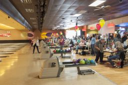 _DSC4813: Bowling action, Credit: Claude Laviano