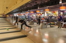 _DSC4827: Bowling action, Credit: Claude Laviano