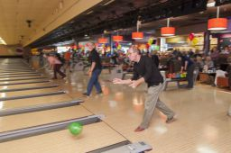 _DSC4830: Bowling action, Credit: Claude Laviano