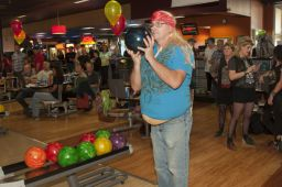 _DSC4848: Bowling action, Credit: Claude Laviano